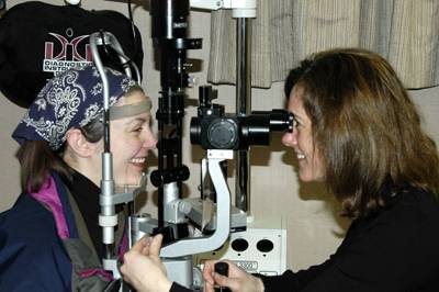 dr. kleiner goudey at slit lamp1